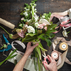 Learn to arrange flowers
