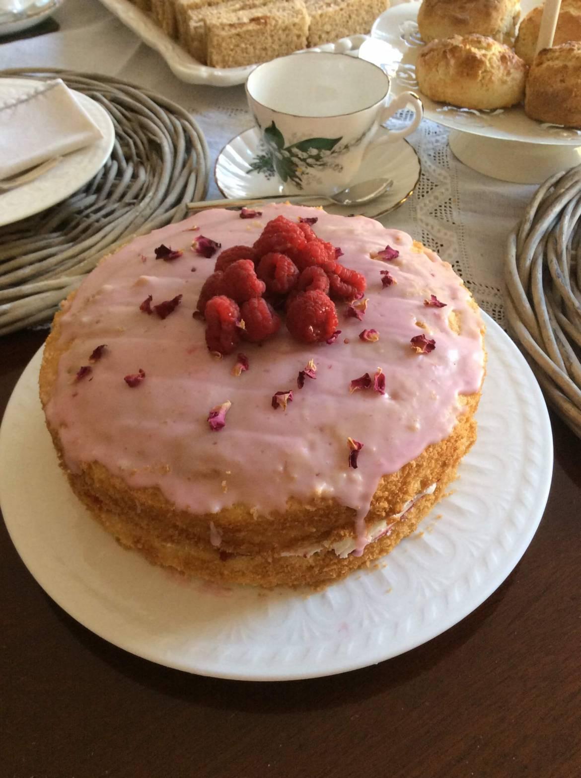 Rose Cottage – Rose Cake
