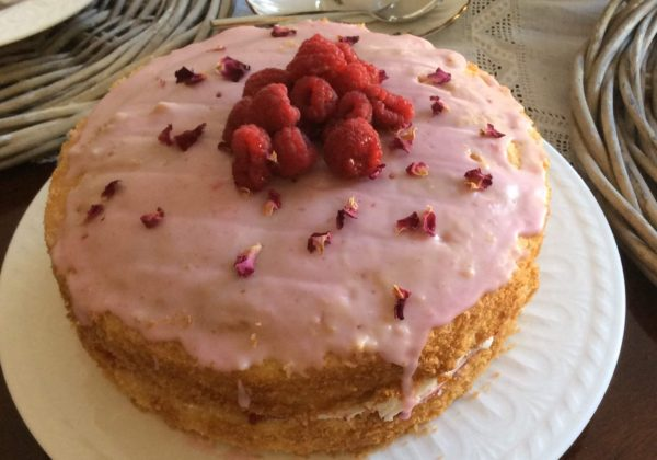 Rose Cottage – Rose Cake